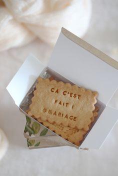 Qui dit saison des mariages dit cadeaux invités ! Vous cherchez encore les vôtres ? Ça tombe bien : cotton bird & Shanty Biscuits s'associent pour une petite boîte gourmande idéale à offrir à vos convives… La Boîte à biscuits x Shanty Biscuits !