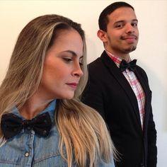 Todos de gravata-borboleta, @naicymarinello. #perfectmatch #skull #sunglasses #jeansshirt #ootd #lookoftoday #style #fashionblogger #mensstyle #menswear #imageconsultant #personalstylist #consultoriamasculina #blooglookperfeito #douglasmm #sp #itboy #brazilian #styleformen #modamasculina #fashion #fashionmen #bowtie #madras