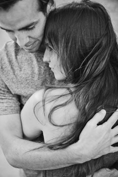 His hugs! #love #couples #romance