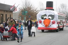Christmas Parade Bus | The annual Monett christmas parade was held on Saturday, Dec. 8, and ...
