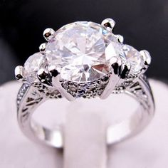 Jewellery Brand New white sapphire lady's Gold plated Ring free Zircon ring 3 Stone Rings, Gold Plated Rings, I Love Jewelry, White Sapphire, Jewelry Branding, Jewelry Supplies, Jewelry Crafts, White Gold, Engagement Rings