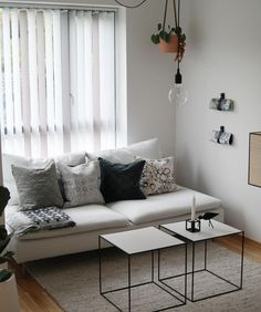 Sofas Ideas Living Room Small Spaces IkeaSo for some great Sofas Ideas Living Room Small Spaces Ikea, check out our galleri Ikea Living Room, Living Room Grey, Small Living Rooms, Living Spaces, Ikea Small Sofa, Sofas For Small Spaces, Söderhamn Sofa, Cushions On Sofa, Small Lounge