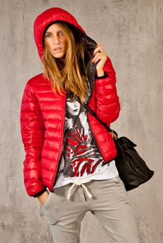 Piumino #Xetra Puffer Jackets, Winter Jackets, Quilted Jacket, Skiing, My Style, Coat, Outfits, Women, Fashion