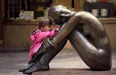 crianças esculturas                                                                                                                                                                                 Mais