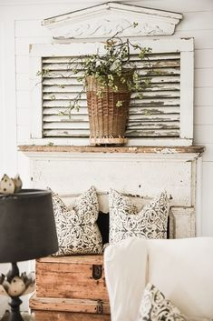 Wondering how to style that fireplace mantel. Interior designer, Liz Marie shares four simple ways to style a mantel and how you can achieve a magainze look Farm Bedroom, Farmhouse Bedroom Decor, Farmhouse Kitchen Decor, Paint Colors For Living Room, Rugs In Living Room, Living Room Decor, Scandinavian Bedroom, Furniture Styles, Fashion Room