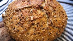 Snurrer med vaniljekrem og bringebær – Ida Gran-Jansen Our Daily Bread, Vegan Baking, Banana Bread, Scones, Food And Drink, Lunch, Dinner, Desserts, Recipes