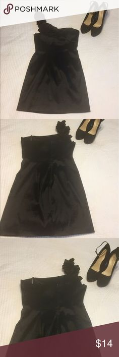 NWOT Masquerade 9/10 Formal Cocktail Dress NEW WITHOUT TAGS Women's Size 9/10 Black Masquerade Formal Cocktail Dress. Excellent, Like NEW Condition. Comes from smoke free and pet free home. BUNDLE AND SAVE! 30% BUNDLES OF 3 OR MORE! Masquerade Dresses Mini