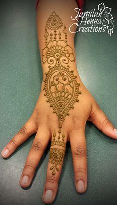 tear drop henna with drippy bits www.jamilahhennacreations.com