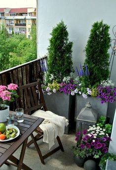 Adorable 80 Small Apartment Balcony Decorating Ideas on A Budget https://decorapartment.com/80-small-apartment-balcony-decorating-ideas-budget/