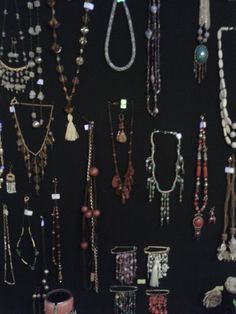 Potpori hand-made necklace and jewellery