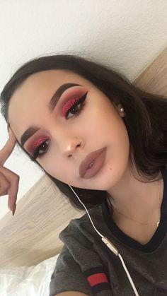 Make-up Inspiration. Atemberaubende Make-up Inspir Glam Makeup, Cute Makeup, Pretty Makeup, Makeup Inspo, Hair Makeup, Makeup Man, Red Makeup Looks, Devil Makeup, Red Eye Makeup