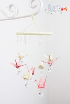 Móbile de tsuru para berço - zig zag Quilling, Origami Mobile, Paper Cranes, Cherry Blossom, Baby Room, Silhouette, Sculpture, Origami Furniture, Babies Rooms