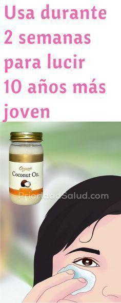 Descubre la magia del aceite de coco y cómo usarlo para lucir 10 años más joven.