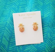 a-southern-peach: pineapple Kate Spade Earrings Pineapples strike again. and Kate Spade decided to help out this time Cute Jewelry, Jewelry Accessories, Fashion Accessories, Jewelry Design, Jewlery, Body Jewelry, Jewelry Box, Fashion Jewelry, Boho Chique