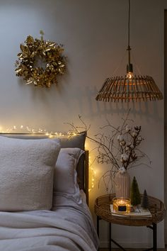 Create the feeling of warmth and contentment in your homes at Christmas. I am hoping I can inspire you to create hygge spaces in your homes. #Christmas #christmasdecor #hyggechristmas