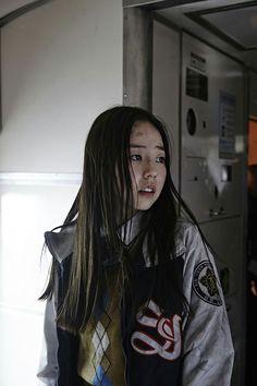 Jin-hee (Ahn So-hee) in Train to Busan (2016)