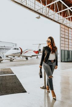 How to Travel in Style | travel inspo, private jet, jetsuitex, jetset, jet life, travel outfit, travel outfit inspo, semi-private jet, travel inspo, casual outfit, casual look, mirrored glasses, mirrored aviator glasses, ripped jeans, ripped jeans outfit, leather jacket outfit, gucci belt outfit, luxury travel, luxury travel inspo, dior bag, dior bag outfit, vogue tee, vogue tshirt, travel blogger, style blogger, fashion blogger, style influencers, instagram blogger, travel outfit inspo, jet