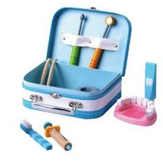 Tandläkarväska för barn! Smart sätt att avdramatisera tandläkarbesöket. :)