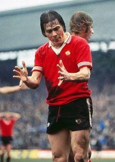 Stuart Pearson Manchester United 1976