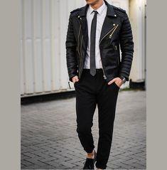 Leather Jacket Outfits, Leather Jackets, Men's Leather Jacket, Latest Mens Fashion, Mens Clothing Styles, Clothing Ideas, Men's Clothing, Look Cool, Mantel