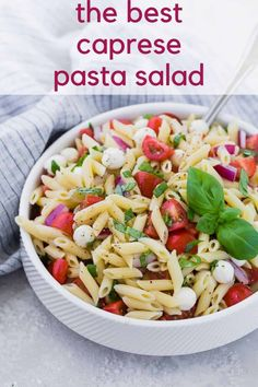 The traditional flavors of caprese, fresh mozzarella, basil, and tomato, are wonderfully represented in caprese pasta salad. Perfect for picnics, or a light summer dinner. Caprese Pasta Salad, Summer Pasta Salad, Caprese Chicken, Pasta Salad Recipes, Healthy Salad Recipes, Light Summer Dinners, Make Ahead Salads, Pasta Casserole, Fresh Mozzarella