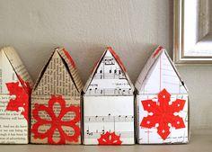 Mini houses from a variety of recycled paper - Casitas hechas de variedad de papel reciclado