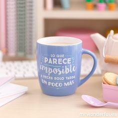 """Taza """"Lo que parece imposible a veces solo tarda un poco más"""" #mrwonderfulshop #mug Des Questions, Jolie Phrase, Pause Café, Messages, Sharpie, Mugs, Tableware, Instagram Posts, Gifts"""
