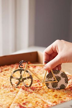 Slide View: 1: Fixed Gear Bike Pizza Slicer