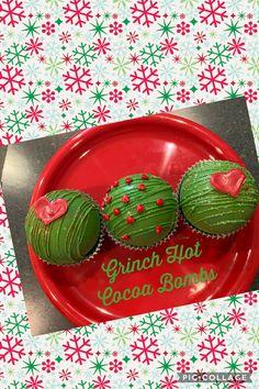 Hot Chocolate Gifts, Christmas Hot Chocolate, Chocolate Spoons, Christmas Deserts, Chocolate Delight, Chocolate Bomb, Hot Chocolate Bars, Hot Chocolate Recipes, Christmas Cupcakes