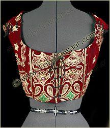 Tribe Nawaar Goddess Red Muse Hari Tari Tribal Corset Ren Faire Gypsy Bodice over white choli? loving the red gold Corset Tops, Gypsy Costume, Bodice Top, Tribal Belly Dance, Belly Dancers, Dance Costumes, Red Gold, Costume Ideas, Renaissance