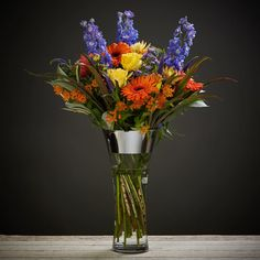 Say Congratulations with Bloom Magic! Let your loved ones know you are thinking of them with luxury flowers, bouquets & gift sets. Delivery throughout Ireland. Congratulations Flowers, Send Flowers Online, Boquet, Same Day Flower Delivery, Flowers Delivered, Seasonal Flowers, Thank You Gifts, Bright Yellow, Burnt Orange