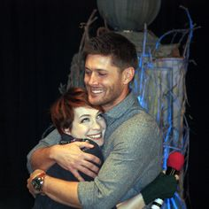 Supernatural BurCon 2013 Jensen and Felicia hug - I love this so much! Felicia Day is too adorable for words.