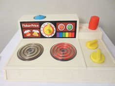 Fisher Price Stove Top (1978) - Vintage Toys - Vintage Fisher Price I had one of these! I still remember playing with it and my blue skillet. :)