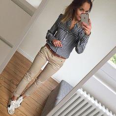 """978 свиђања, 65 коментара - Céline (@lesfutiles) у апликацији Instagram: """"Bon dimanche ☀️ #outfit #ootd #metoday #whatimwearingtoday #instalook #instafashion #sundaylook…"""""""