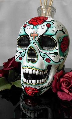 Day of the dead skull Painting. So doing this for Halloween, Purple wig and Purple Skull Candy face! Candy Skulls, Mexican Skulls, Mexican Folk Art, Cristal Head Vodka, Caveira Mexicana Tattoo, Los Muertos Tattoo, Sugar Skull Art, Sugar Skulls, Skull Painting