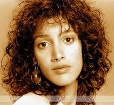 Miscellaneous Photoshoots - JBDX 161212 S-28429 - Jennifer-Beals.com