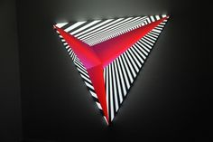 [PICTURES] Digital artist Dev Harlan combines sculptures and video mapping. Contemporary Sculpture, Contemporary Art, Vj Art, Sculpture Art, Sculptures, Origami, Isometric Art, Projection Mapping, Light Installation