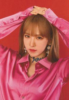 Check out Black Velvet @ Iomoio Red Velvet 新曲, Wendy Red Velvet, Red Velvet Irene, Seulgi, Kpop Girl Groups, Kpop Girls, Oppa Gangnam Style, Red Valvet, Rapper