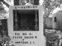 """©Pedro y Martina, de la serie: """"Fiel Difunto"""" 01 de Noviembre de 2013"""