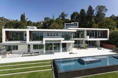 modern mansion exterior daytime - Google Search