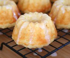 Mini Lemon Ricotta Bundt Cakes (Low Carb and Gluten Free)