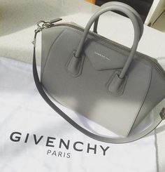 I loooove structured bags in black, white, and gray