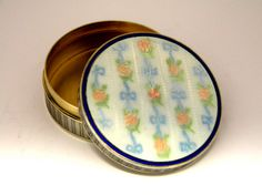 FRENCH SOLID SILVER & ENAMEL ROUND TRINKET BOX c. 1930 John Bull Antiques JB Silverware www.antique-silver.co.uk New Bond St, London, UK Antique Silver & Gifts