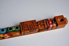 flauta de madera africana .tallada a mano por Limbhad en Etsy, €10.00