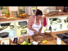 Postres Caseros Receta de Helado de nata y nueces con crema inglesa - YouTube