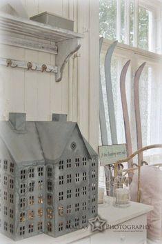 Christmas Deco, Christmas Home, Tiny Little Houses, Cloche Decor, Driving Home For Christmas, Saltbox Houses, Swedish Decor, Tin House, Christmas Village Houses