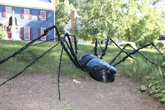 DIY Trashbag Yard Spider for Halloween