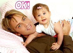 Father's Day Festivities from Dannielynn: Growing Up in Anna Nicole's Shadow Dannielynn Birkhead, Famous Celebrities, Celebs, Tv Fr, Anna Nicole Smith, All In The Family, Celebrity Kids, All Smiles, Little Babies