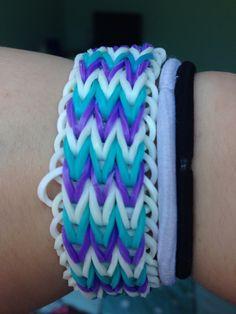 Cute rainbow loom bracelet - Triple Fishtail Fishtail Bracelet, Rainbow Loom Bracelets, Friendship Bracelets, Kids, Jewelry, Young Children, Boys, Jewlery, Jewerly