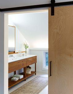 Mid Century Modern Barn Door Home Ideas Bad Inspiration, Bathroom Inspiration, Diy Bathroom Decor, Modern Bathroom, Bathroom Hacks, Budget Bathroom, Bathroom Designs, Small Bathroom, Bathroom Ideas